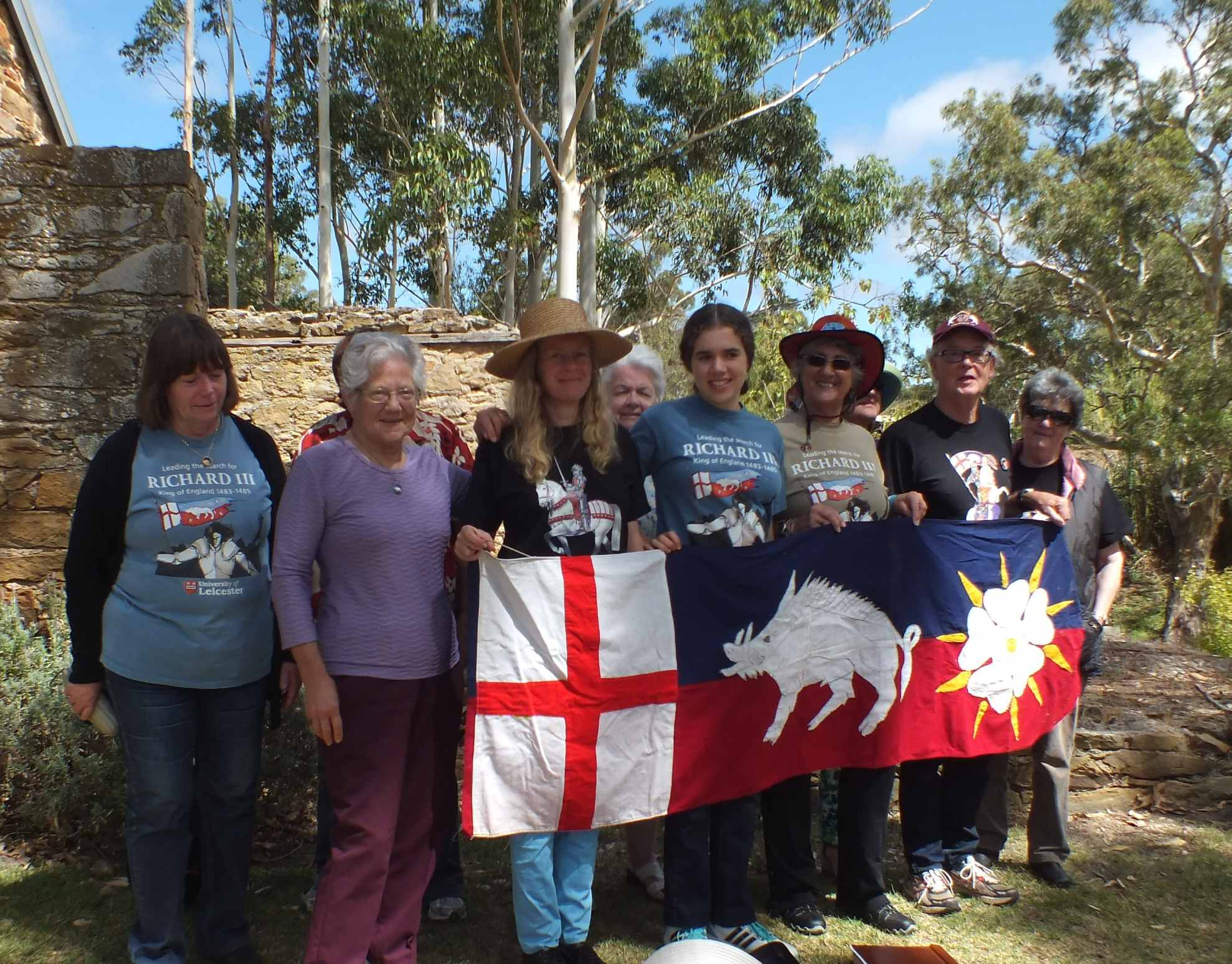 Battle of Bosworth winery picnic march 2015 members